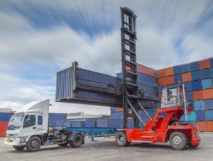 Container Truck Loading 123RF-19605536_m