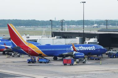 Southwest_Airlines_N8675A